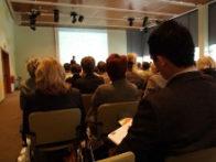 conference-seminaire-reunion-avec-public-groupe-de-personnes