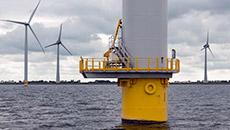 Eolien en mer : EDF ouvrira ses parcs français au plus tôt en 2021